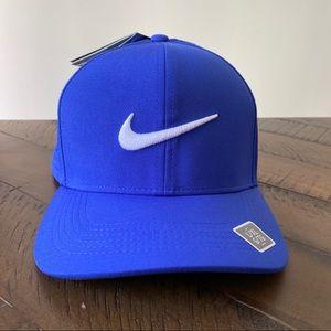 Nike Golf AeroBill Classic 99 cap - Pacific Blue